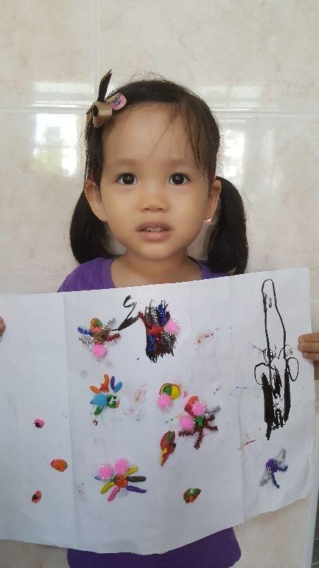 用黏土和材料,做了可愛小蜘蛛 #媽媽play搞怪創意無限 妹妹Zoe之作品 1071021😘