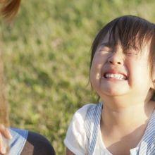 孩子羨慕同學什麼都有…爸媽該如何引導?
