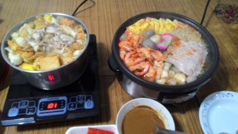 除夕圍爐的年菜是火鍋,因為象徵一家團圓,過好年! #年菜