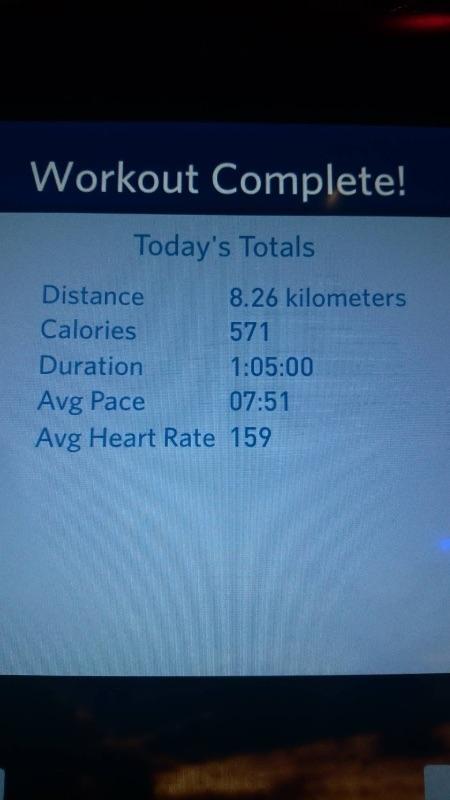 又是個值得紀錄的日子 持續4天的每日8K生活,腿真的有訓練到,不太酸了~ 今天調整最後12分鐘為7.9速,瞬時心跳飛快 雖然不是最好的成績,但仍值得為自己鼓掌!! #健康 #8K