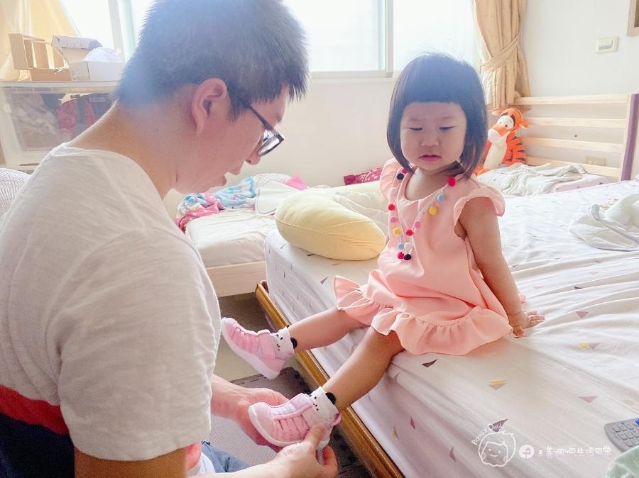 寶寶的第一雙日本IFME機能童鞋 夏天就該有一雙透氣水涼鞋_img_37