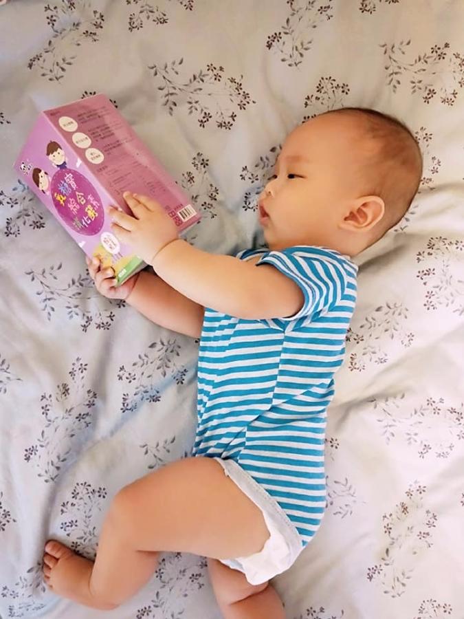 【推薦】Panda🐼寶寶是你?Panda乳糖寶 綜合酵素x比菲益生菌,讓嘔吐、夜哭寶寶遠離你,還全家生活品質與健康!feat.冠軍他媽的喝奶日常照護小筆記