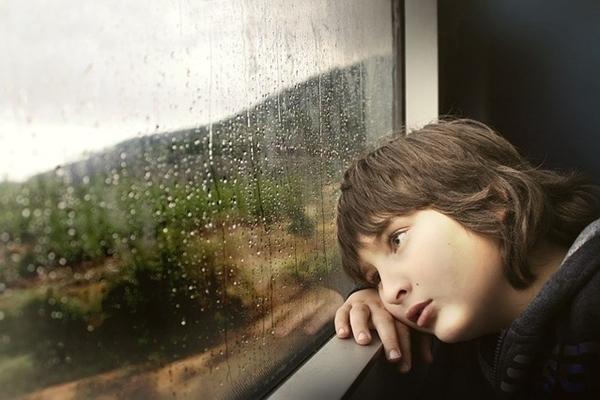 兒童憂鬱症~家人的應對方式- BabyHome 新知大耳朵