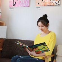 【最美媽媽力】曾因懷孕中風嚴重影響語言能力,現在她是親子繪本創作老師,鄭喬栩的故事裡沒有誰放棄誰
