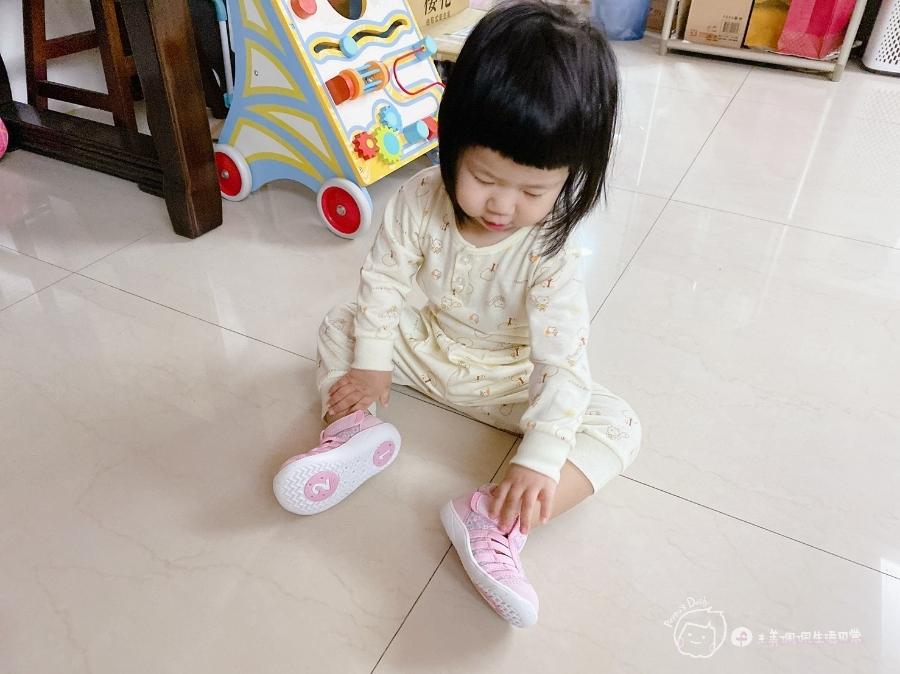 寶寶的第一雙日本IFME機能童鞋 夏天就該有一雙透氣水涼鞋_img_6