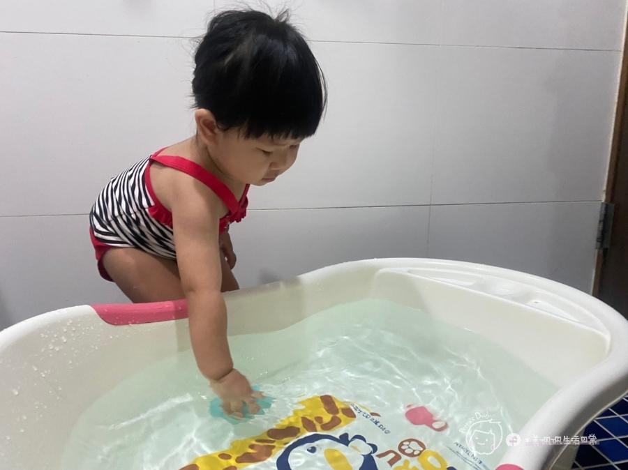 育兒好物 水中派對開趴啦!防疫日常不無聊。Toyroyal樂雅玩具-療癒噴水小夥伴陪伴孩子居家玩樂時光_img_11