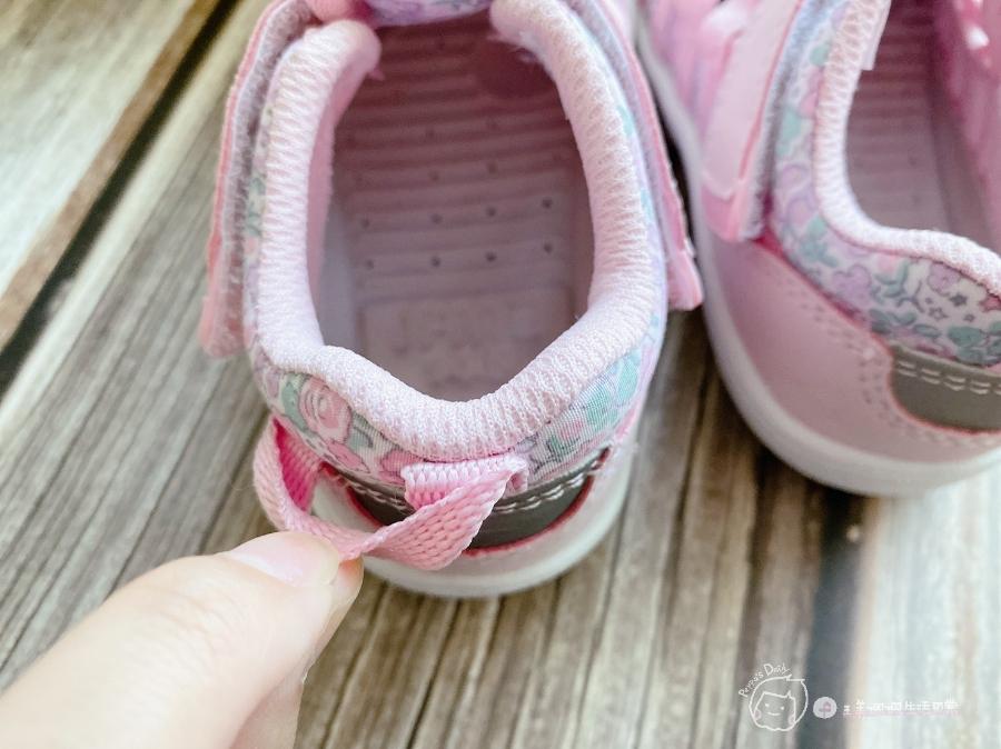 寶寶的第一雙日本IFME機能童鞋 夏天就該有一雙透氣水涼鞋_img_29