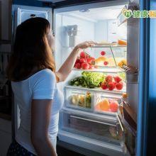 水果切好冷藏營養流失?隔夜飯致癌?營養師說...
