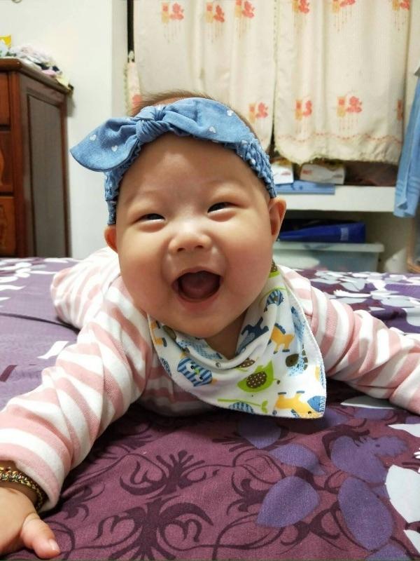 #爸爸去哪兒 我家超級小肥仔 鹿妮 鹿妮 妳開心的笑容是爸比媽咪化解辛勞的泉源!