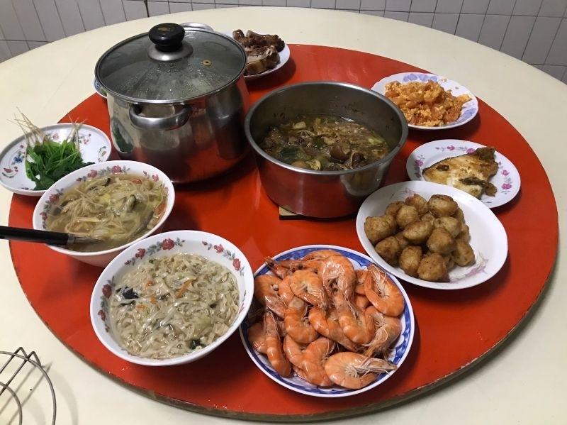 今年是第一年在老公家吃年夜飯~~😊 幸福年夜料理~~ #年菜