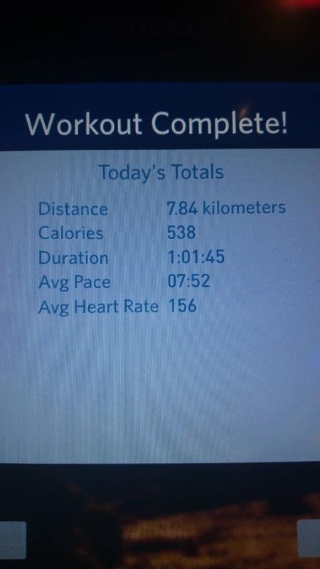 真是太開心了 。:.゚ヽ(*´∀`)ノ゚.:。灑花轉圈圈 繼昨天飲恨差1分半就完成第一次的1小時跑步, 今天穿上小甜甜減肥秘招的爆汗褲,立馬來個自我挑戰!! 原來我跑1小時距離是7.8K(速7.8),燒了538cal 真的太開心,意志力和致列歐巴是這次的大功臣,太棒了!! 話說爆汗褲果然超爆汗,穿起來就像穿一層厚厚的地墊(哈哈很怪的形容) 不過因為一拿到就穿,沒洗過,所以有一股濃濃的塑膠味 但1小時後,果然大腿的汗飆到爆汗地墊都濕了,真的不誇張 接下來,我就要來試試爆汗褲的厲害,看是否可以讓大腿也像飆汗一樣快速!! #健康 #爆汗褲