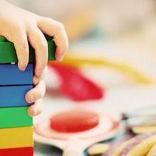 聖誕節送什麼禮物給孩子呢?兒科醫生:積木、拼圖比科技玩具好