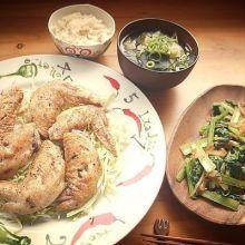 【食譜】鹽烤嫩雞翅/油菜蝦米炒/高麗菜海帶湯