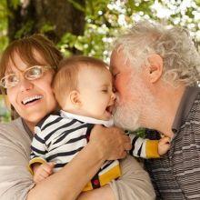 """不用再煩惱了~知道""""今昔""""的差別就能增進與祖父母的互動♪"""