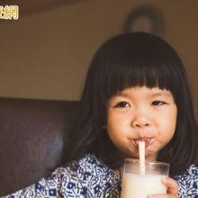 小時候喝豆漿 預防成年骨質流失