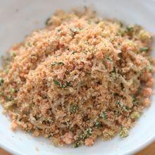 便當菜有它更下飯!平底鍋就能完成的美味拌飯香鬆食譜