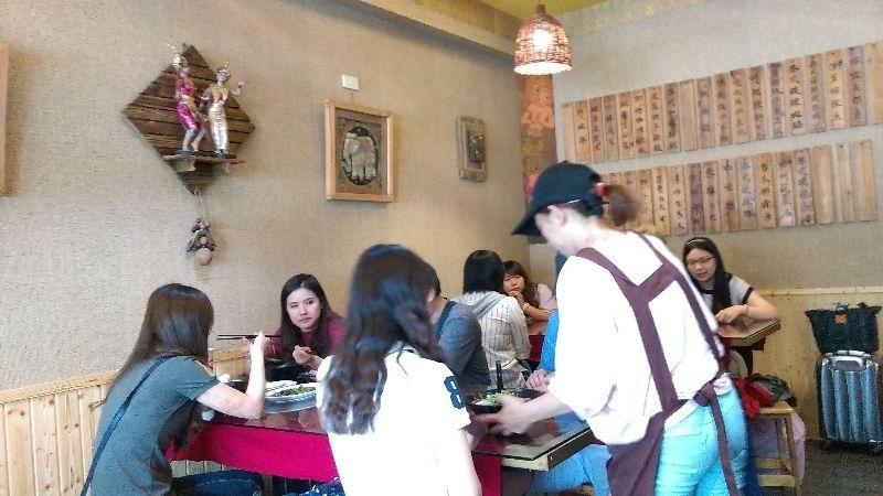 中午在嘉義巿民權路的泰老饕吃飯~ #親子旅遊