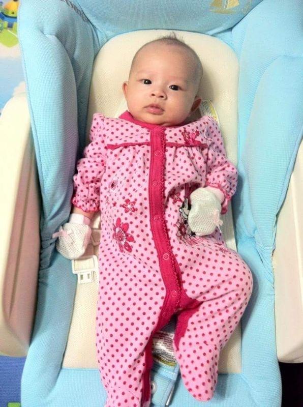 穿上漂亮的新衣服準備去外婆家拜年囉! #萌娃