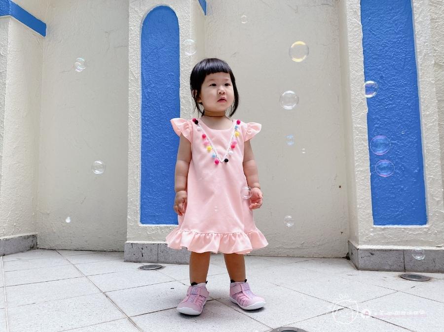 寶寶的第一雙日本IFME機能童鞋 夏天就該有一雙透氣水涼鞋_img_50