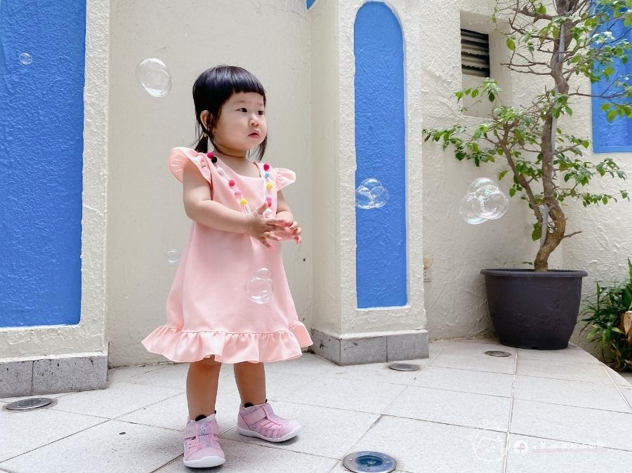 寶寶的第一雙日本IFME機能童鞋 夏天就該有一雙透氣水涼鞋_img_48