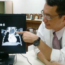 兒童肺炎後喘鳴  竟是縱膈腔囊腫