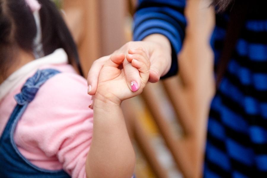 【育兒甘苦談】媽媽的手