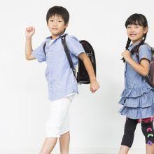 如果孩子上學忘了帶東西,你會幫他送去學校嗎?親職教育專家:先忍住