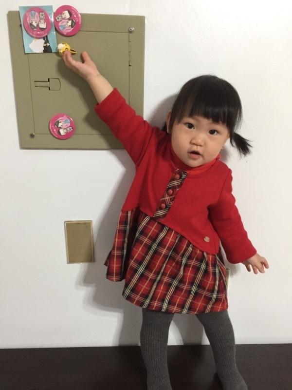 大年初一穿新衣,全身紅,就是可愛。 #萌娃