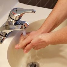 缺水怎麼洗手?用稀釋漂白水聰明消毒!