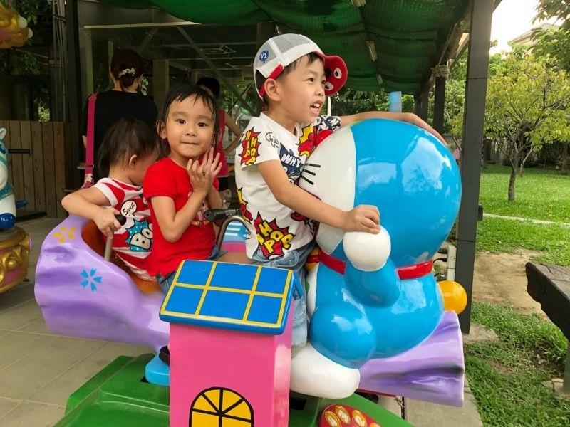 暑假就是要帶小孩到處走走玩玩,過一個愉快的暑假 #暑假生活 #赤腳丫生態農莊