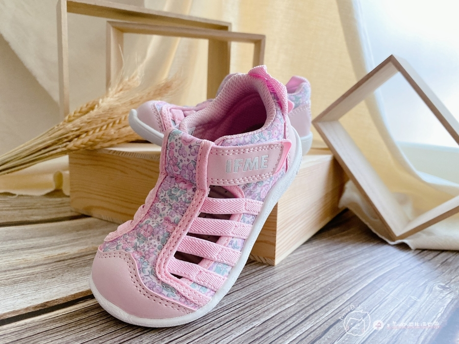 寶寶的第一雙日本IFME機能童鞋 夏天就該有一雙透氣水涼鞋_img_5