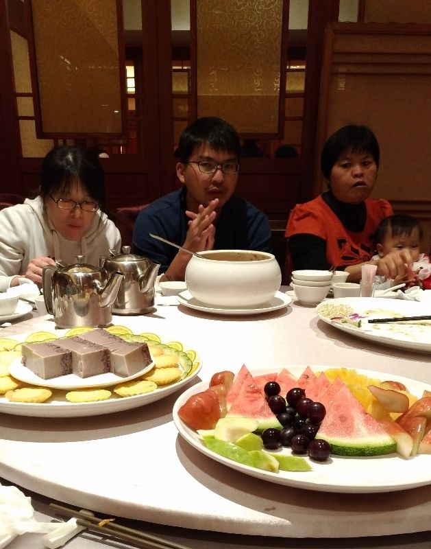 今年的年夜飯好豐盛,大家吃得很開心。 #年菜