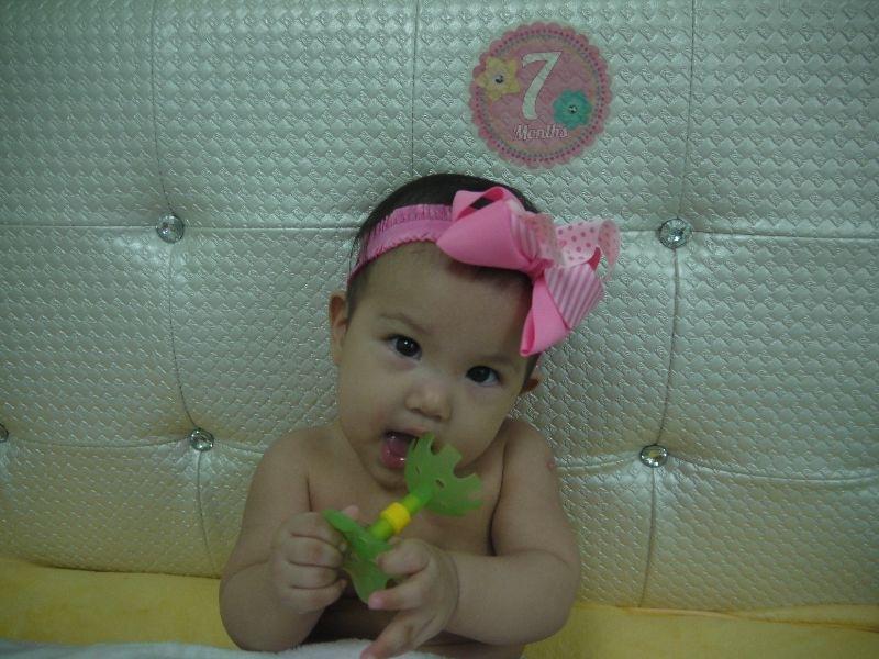 今天是大年初一,寶貝人生的第一個新年,來張萌照! #萌娃