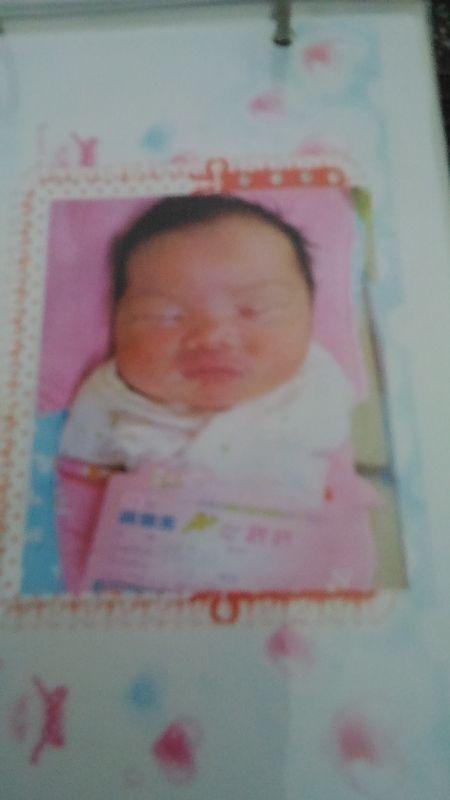 剛出生的小花妹是不是頭很大呢~ #新生兒報到!
