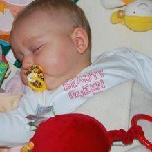 父母如何幫孩子戒斷小毯子、奶嘴或是絨毛玩具呢?