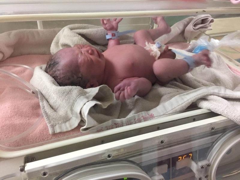 3/2小湯圓寶貝~歡迎你的到來,期許10個月終於見面了😘 #新生兒報到