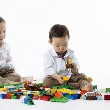 指令明確、適當讚美…養成孩子收玩具習慣有3重點